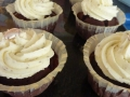 chocolate-cupcakes-with-vanilla-buttercream-jpg